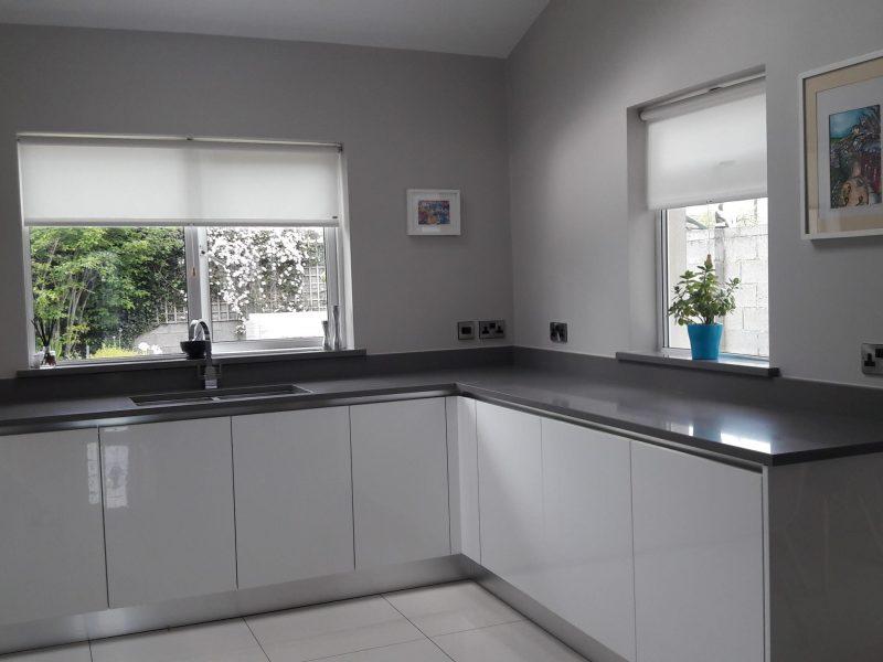 kitchen-clean-delicate-lines-interiors