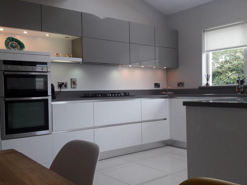 white-grey-units-kitchen-farrow-ball